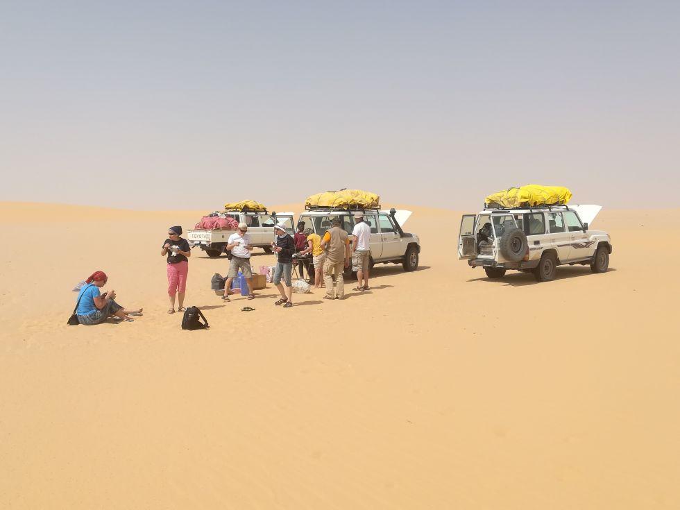 grupa turystow Logos Travel w Czadzie