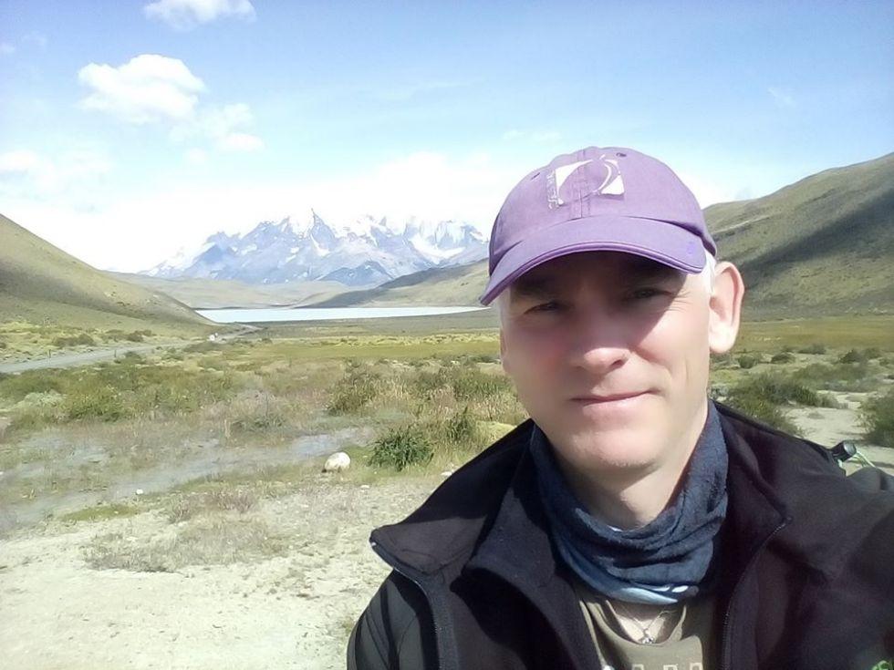 nasz-pilot-piotr-podczas-objazdu-argentyny-i-chile-z-trystami-logos-travel