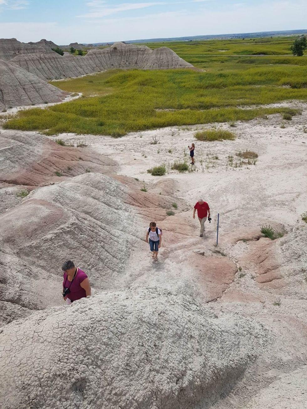 piesze przechadzki po gorach skalistych