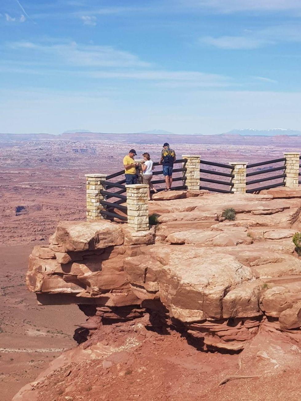 platforma widokowa na gory skaliste