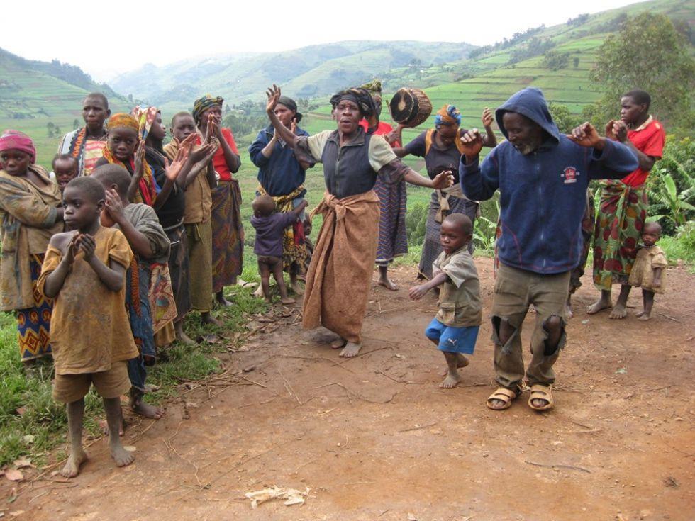 plemie batwa bardziej znane jako plemie pigmejow