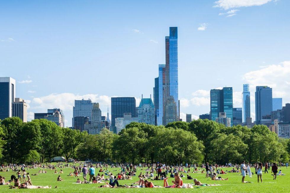 odpoczywanie-w-najwiekszym-parku-nowego-jorku-central-park