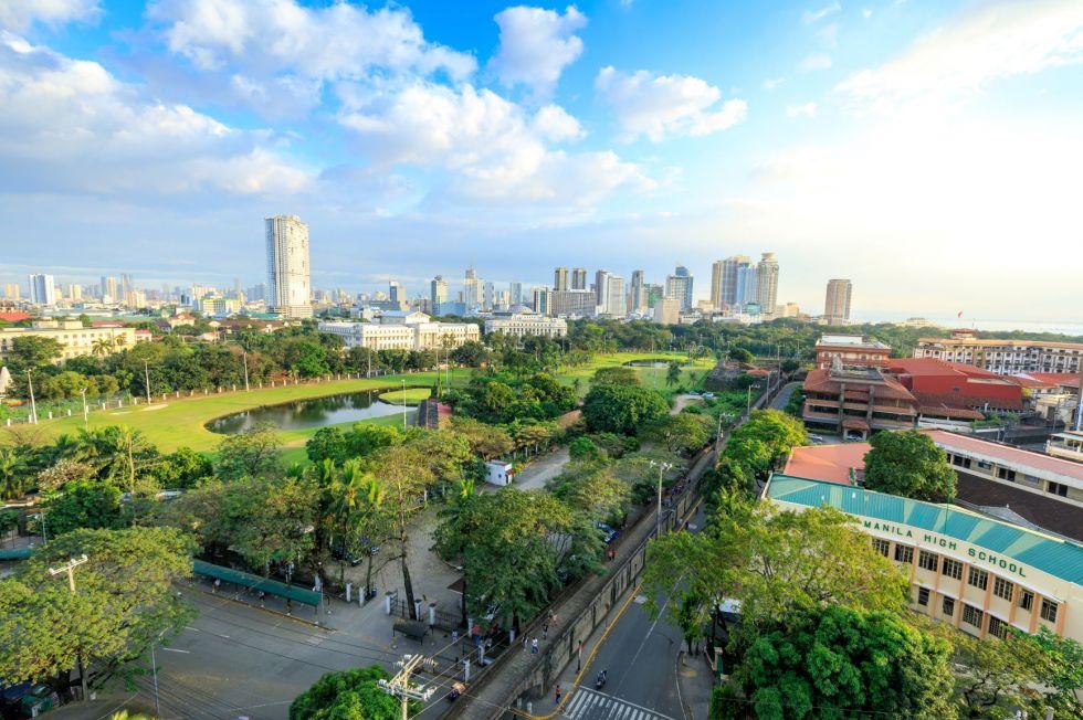 Widok na miasto Manila ktora jest stolica Filipin