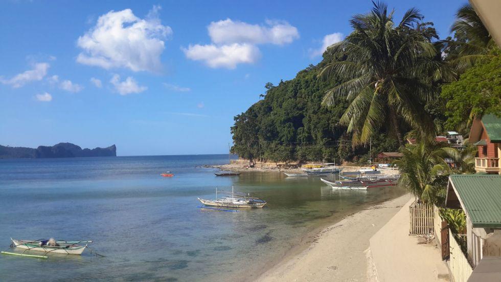 odpoczynek na plazy na wyspie Bohol