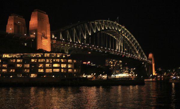 Wycieczka do Australii, Harbour Bridge