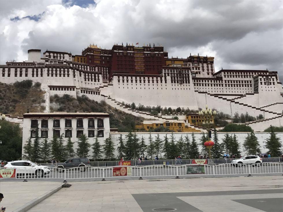 Pałac Potala w Lhasie.