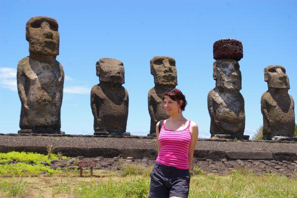 Moai na Wyspie Wielkanocnej, wycieczka marzeń Chile, Wyspa Wielkanocna, Polinezja Francuska.