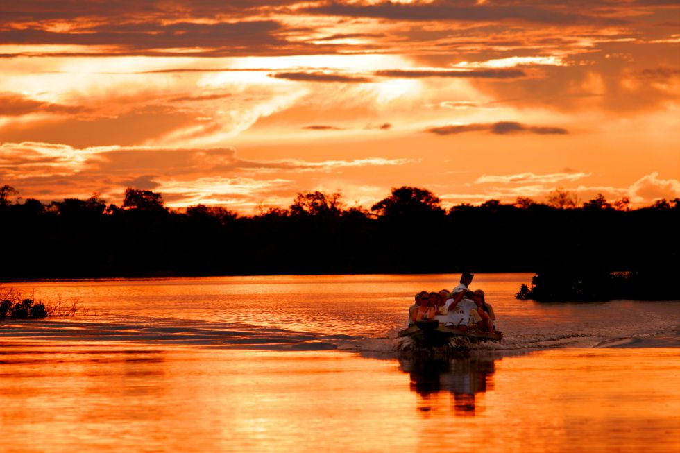 Zachód slonca Amazonia