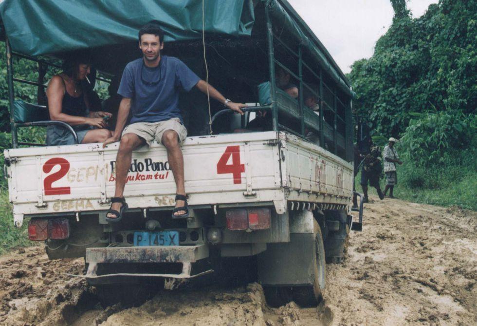 Droga Papua Nowa gwinea jeep