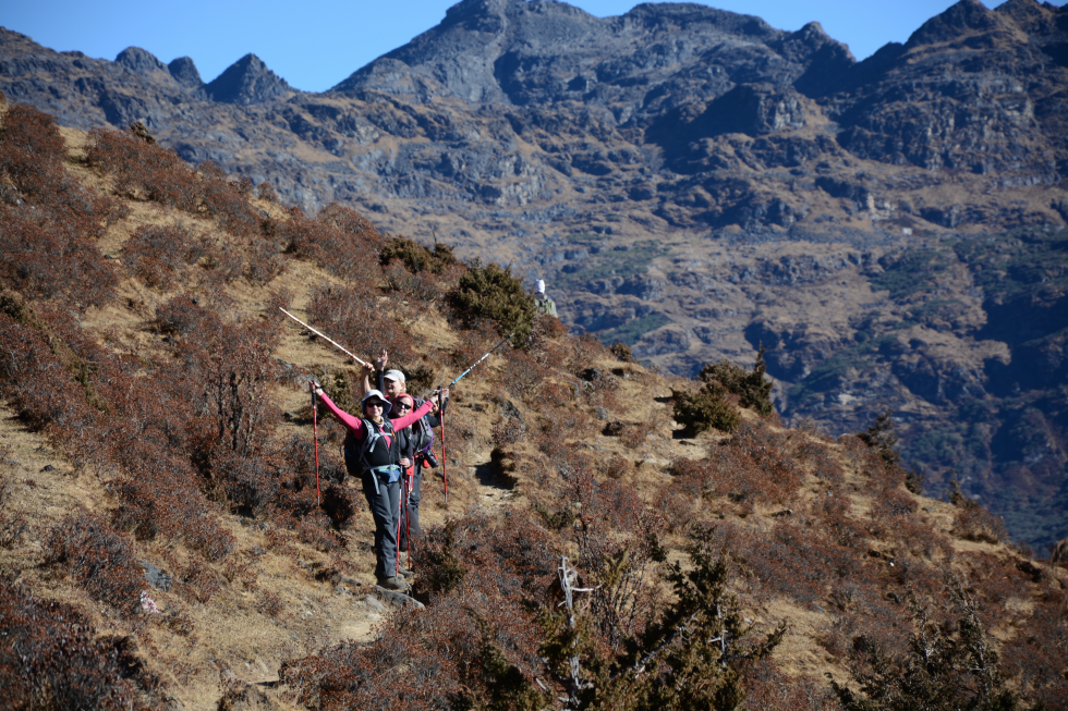 trekking w gorach w bhutanie