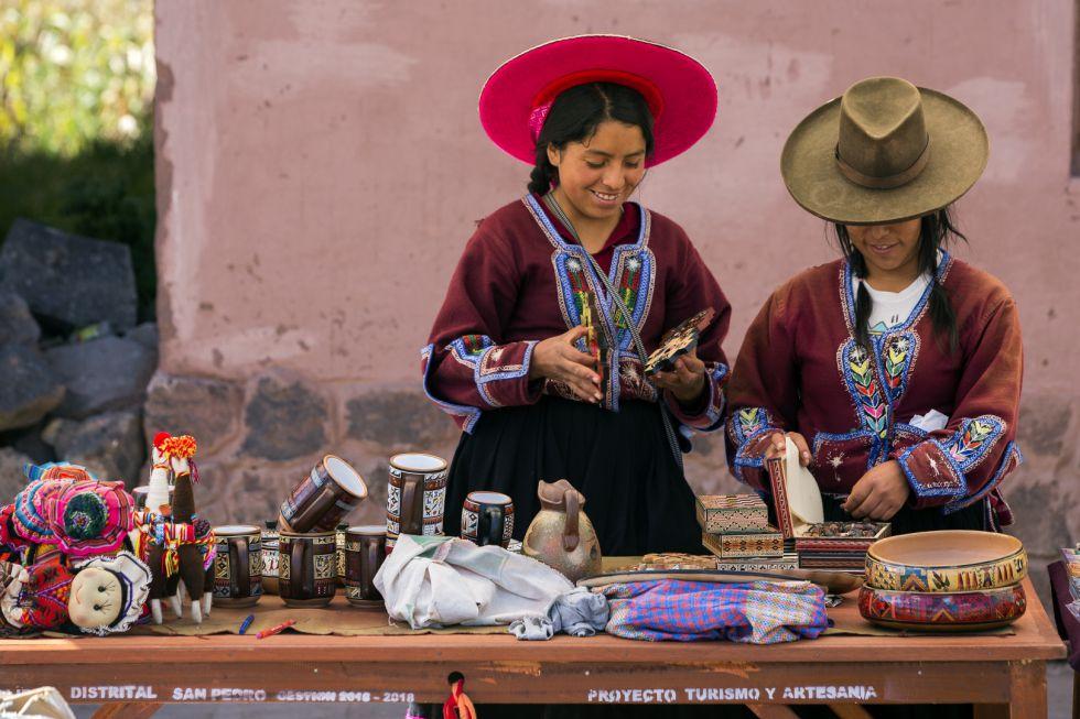 Peruwianki przy codziennych czynnościach