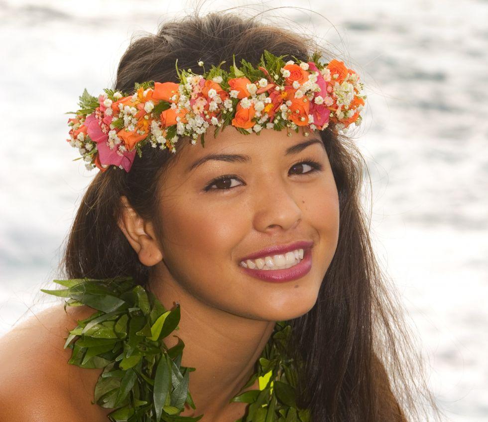 hawajka w centrum kultury polinezyjskiej